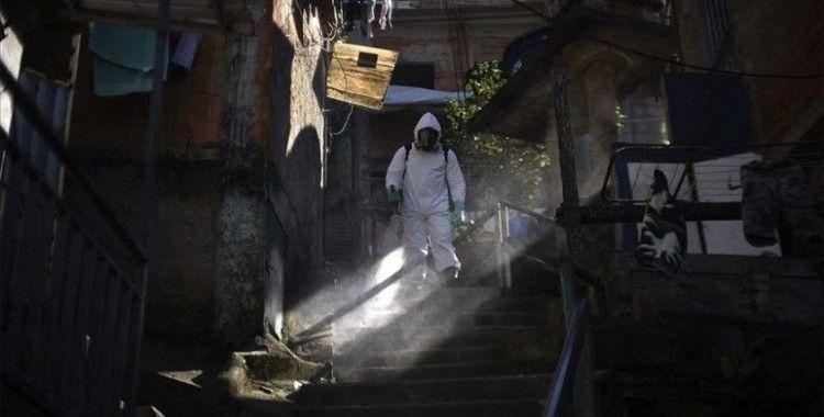 Dünya genelinde Kovid-19 tespit edilen kişi sayısı 18 milyon 42 bini geçti