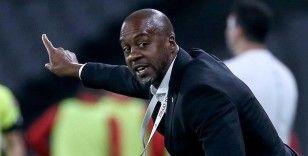 Eddie Newton ilk teknik direktörlük deneyimini Trabzonspor'da yaşayacak