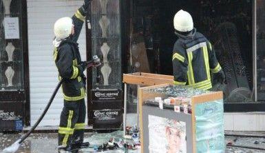 Yangın çıkan iş yerinde büyük çapta maddi hasar oluştu