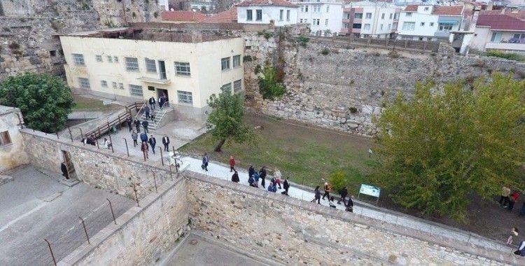 Tarihi Sinop Cezaevi bayramda yoğun ilgi gördü