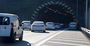 Bolu Dağı Tüneli'nden bayramda 621 bin 736 araç geçti