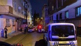 bBahçelievler'de silahlı kavga: 1'i çocuk 2 yaralı
