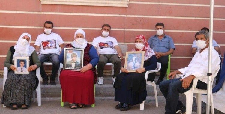 HDP önündeki ailelerin evlat nöbeti 339'uncu gününde