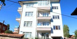 Yozgat'ta Covid-19 testleri pozitif çıkan 15 kişinin yaşadığı apartman karantinaya alındı