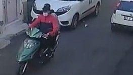 Motosikletli kapkaççılar polisten kaçamadı