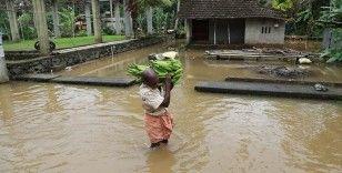 Hindistan'da sel felaketi: 5 ölü