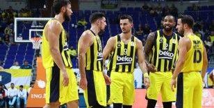 Fenerbahçe Beko, parkeye indi