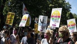 Almanya'da halkın yüzde 91'i korona protestolarına karşı