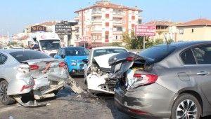 Yalova'da zincirleme trafik kazası