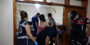 Bursa'da şafak vakti fuhuş operasyonu: 11 gözaltı