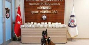 Van'da 23 kilo uyuşturucu ele geçirildi