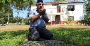 """Gürcü asıllı vatandaşların yaşadığı mahallede farklı bir gelenek: """"Namaz taşı"""""""
