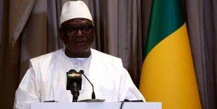 Mali'de devrik lider İbrahim Boubacar Keita'nın ülkeden ayrıldığı iddia edildi