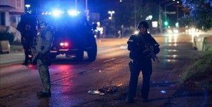 ABD'de polis kurşunuyla vurulan Blake, hastane odasından destekçilerine seslendi