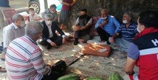 Bakan Pakdemirli yangın bölgesinde vatandaşlar ile bir araya geldi