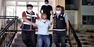 Kıskançlık krizine girerek eşini 9 yerinden bıçaklayan koca tutuklandı