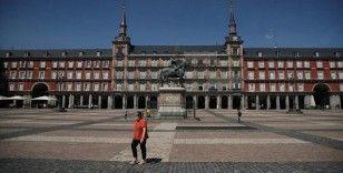İspanya'da Kovid-19 vaka sayısı son 24 saatte 8 bin 964 arttı