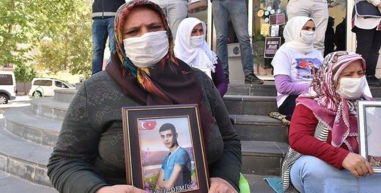 Diyarbakır annesi Demir: Oğlum gel güvenlik güçlerimize teslim ol