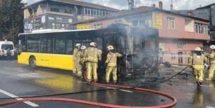 Bostancı'da İETT otobüsü alev alev yandı