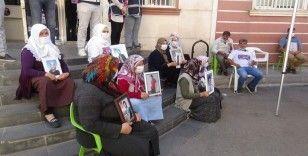HDP önündeki ailelerin evlat nöbeti 371'inci gününde