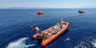 Aydın'da Türk karasularına geri itilen 16 sığınmacı kurtarıldı