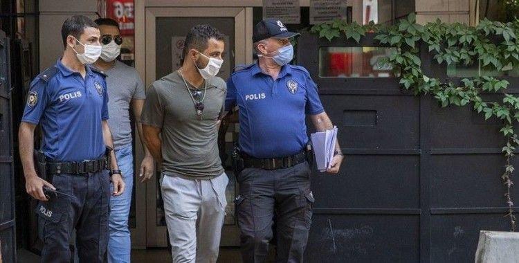 AA Genel Müdürlüğüne girmeye çalışan saldırgan akıl sağlığının tespiti için hastaneye sevk edildi