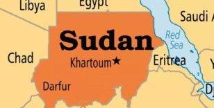 Sudan'da yıldırım silah deposuna düştü