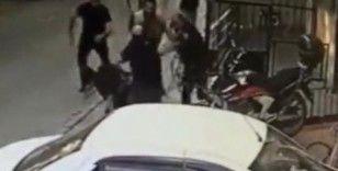 Çekmeköy'de bıçak ve sopaların kullanıldığı kavga kamerada