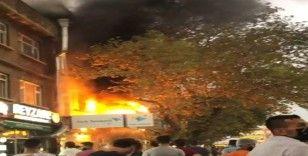 Bursa'da dönerci dükkanı alev alev yandı