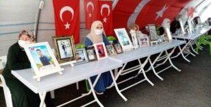 HDP önündeki ailelerin evlat nöbeti 373'üncü gününde
