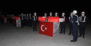 Şehit askerlere uğurlama töreni