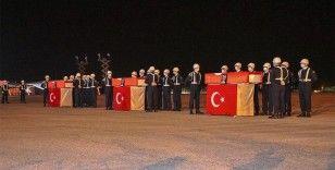 Van'da şehit askerler için tören düzenlendi