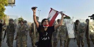 Beyrut Limanı'ndaki patlamanın 40'ıncı gününde protesto yürüyüşü düzenlendi