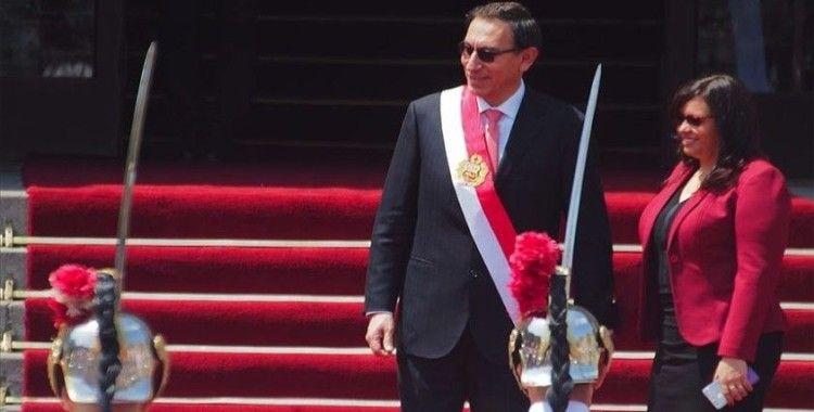 Peru'da Devlet Başkanı Vizcarra için 'görevden alma' süreci başlatıldı