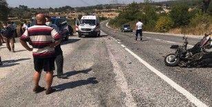 Motorsiklet ile otomobil çarpıştı 1 yaralı