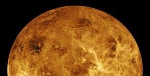 Bilim insanları Venüs'te yaşam belirtilerine rastladı