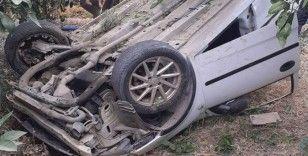 Otomobil bahçeye uçtu, sürücü hafif yaralı kurtuldu