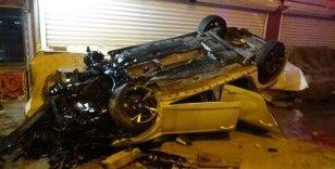 Kontrolden çıkan otomobil takla attı: 2'si ağır 3 yaralı