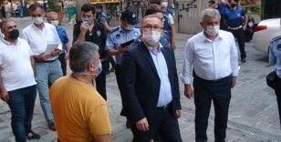 Taksim'de iş yerleri denetlendi