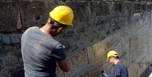 Tarihi eserlerin restorasyonunda 'sertifikası olmayan' çalışamayacak
