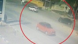 Kocaeli'de iki otomobil çarpıştı