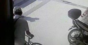 Bisiklet hırsızı önce kameraya sonra jandarmaya yakalandı