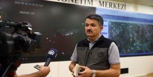 Tarım ve Orman Bakanı Pakdemirli: Şu anda Antalya'daki yangının yerleşim yerlerine herhangi bir tehdidi yok