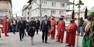 Gagauzya'nın ilk Türk kadın Başkanı'na mehterli karşılama