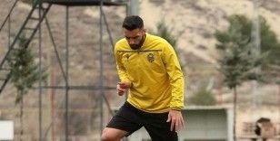 Malatyaspor'da Mustafa Akbaş'a 'takım bul' dendi