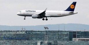 Alman havayolu şirketi Lufthansa'da çöküş devam ediyor