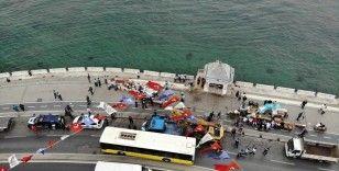 Üsküdar Sahili'ndeki 2 büfe yıkıldı