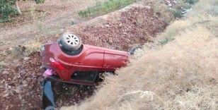 Feci kazada emniyet kemeri takılı olan 5 kişi ölümden döndü