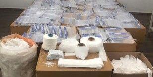 İzmir'de kaçak maske imalathanesine operasyon
