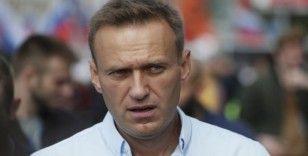 Muhalif Navalny'nin banka hesapları donduruldu